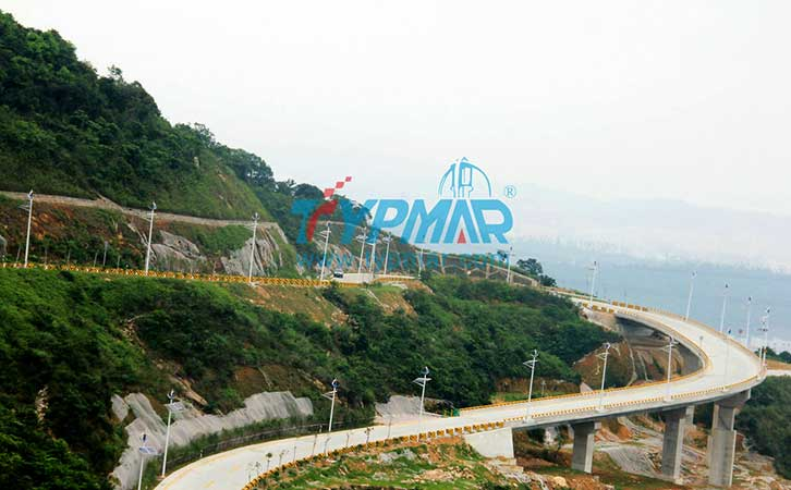 深圳碧岭三洲田路风光互补路灯工程 风力发电机300W