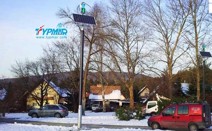 斯洛文尼亚风光互补路灯工程 雪景