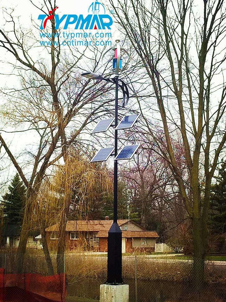 加拿大安大略湖风光互补路灯工程